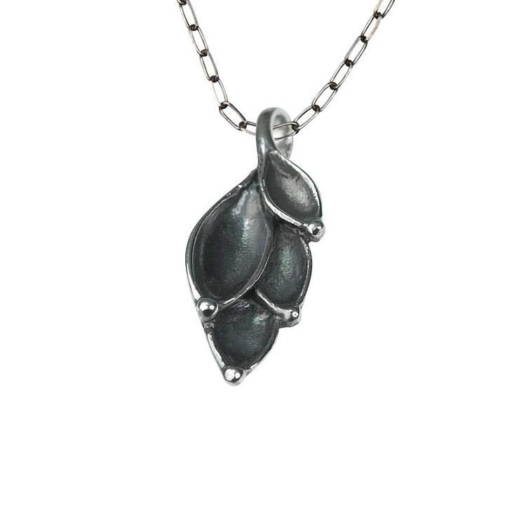 Halsband i oxiderat 925 silver