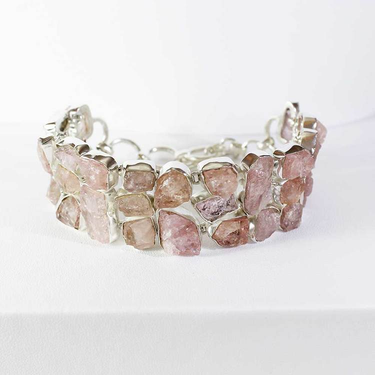 "Armband med ""Morganite""-ädelstenar - 16+3 cm extension"