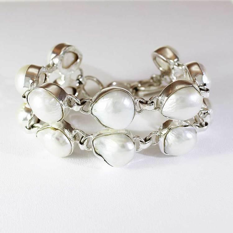 Tvåradigt armband - Äkta pärlor