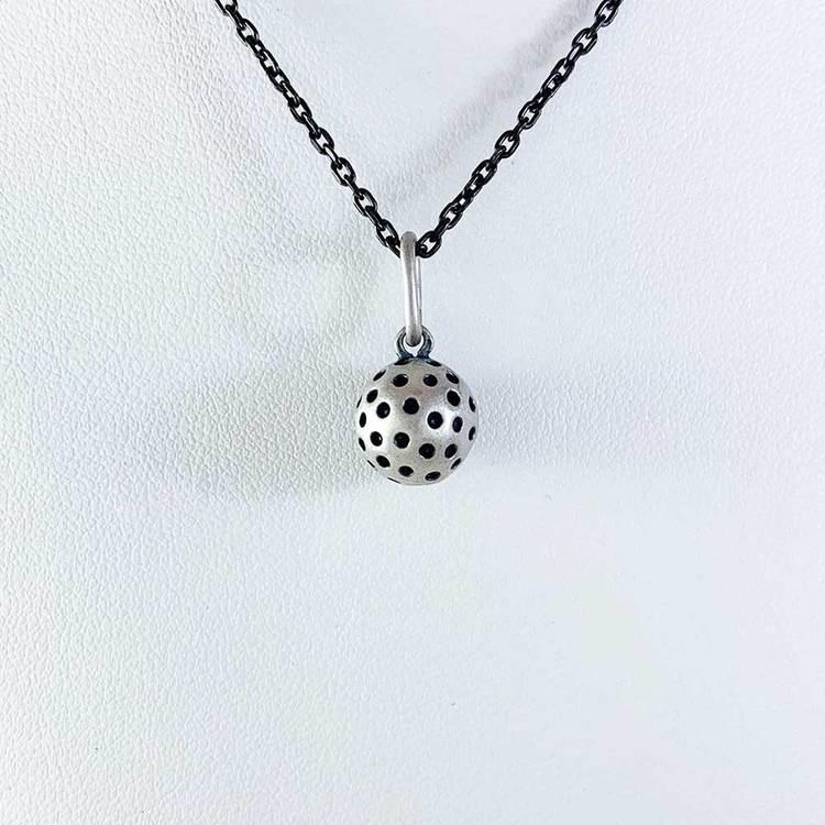 Hänge [BANDYBOLL] i oxiderat 925 silver