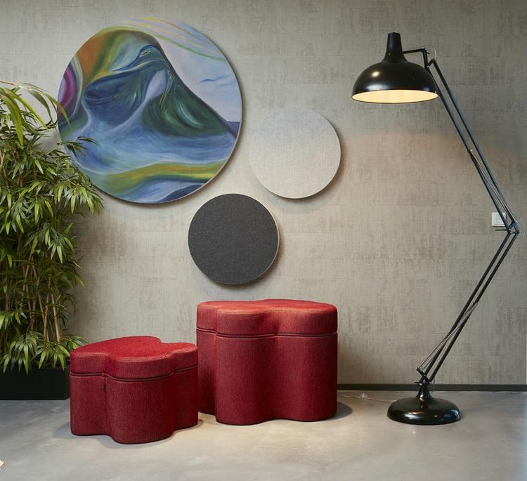 Ljudabsorbent till hem & kontor - Sound Off Cirkel till vägg. Mycket effektiv ljudabsorbent till upphängning på vägg bestående av återvunnet material. Tjockleken är hela 50 mm.