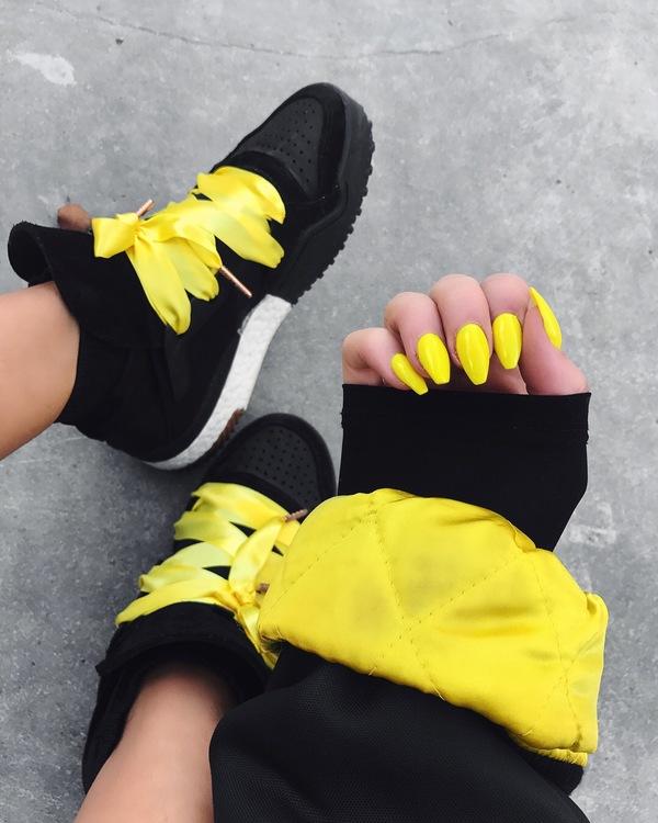 Lemon Laces