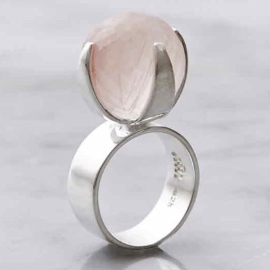 Silverring med stor rosenkvarts, silver ring with big rose quartz