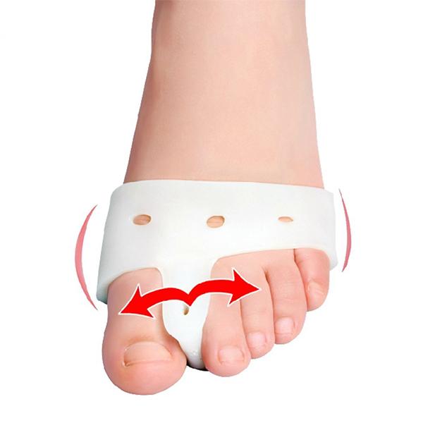 Med hjälp av ett skydd mot Hallux valgus kan du minska smärtan.