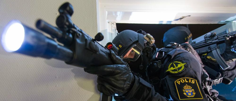 Här har vi samlat diverse taktisk utrustning för poliser. Vi har valt  utrustningen med stor omsorg och noga valt ut produkter med hög kvalitet. 21960ec498e99