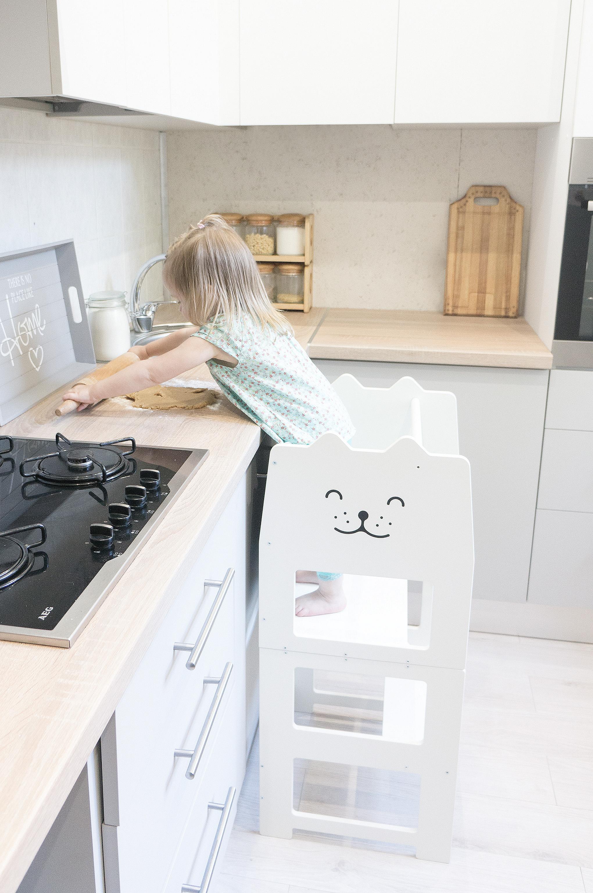 Barnpall - hjälpa till stol med griffeltavla från Only Handmade