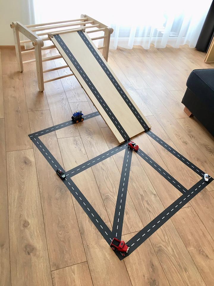 Lektejp till Pikler Traingel för att skapa bilbana