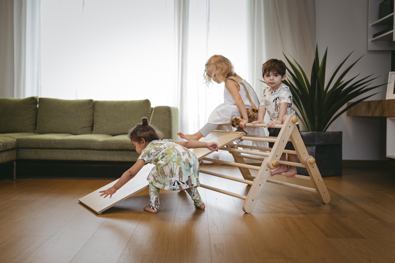 Leksaker 2 år - pikler triangel