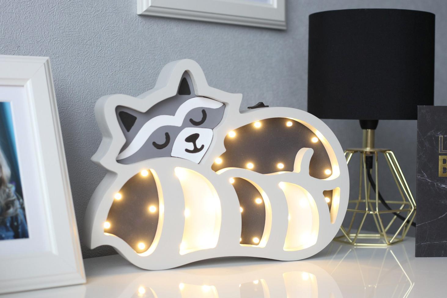 presenttips för baby shower - en vacker nattlampa i djurmotiv