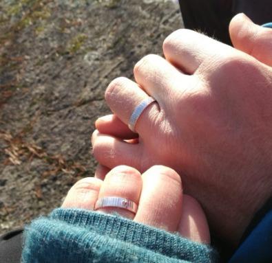 Förlovningsringar från MNOP Jewelry återvunnet silver