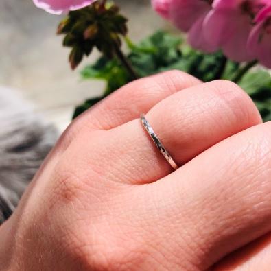 Tunn Ring 1,2 mm från MNOP Jewelry återvunnet silver