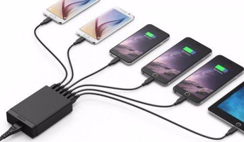 Anker PowerPort 6 mobilladdare som samtidigt laddar 6 telefoner