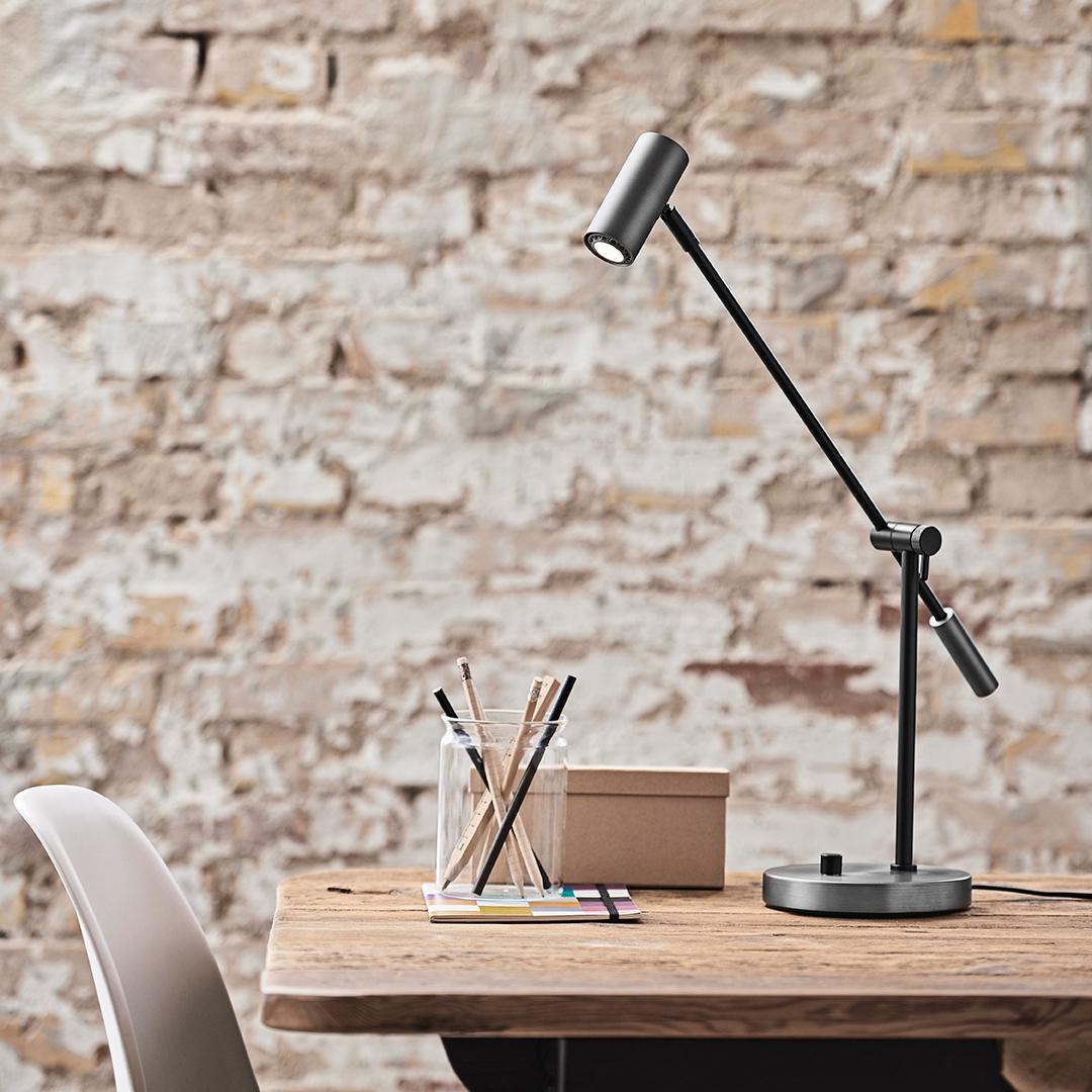 Cato LED, skrivbordslampa från Belid