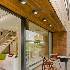Utelampor för takmontage