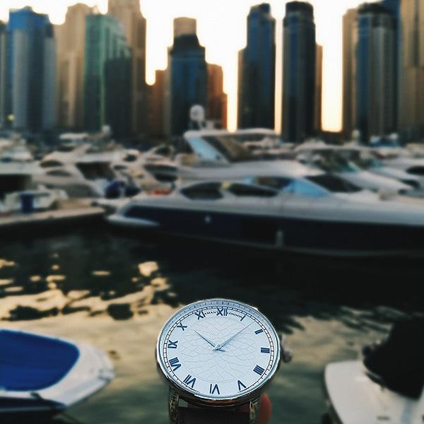 amant london klocka vid båtar trendamore