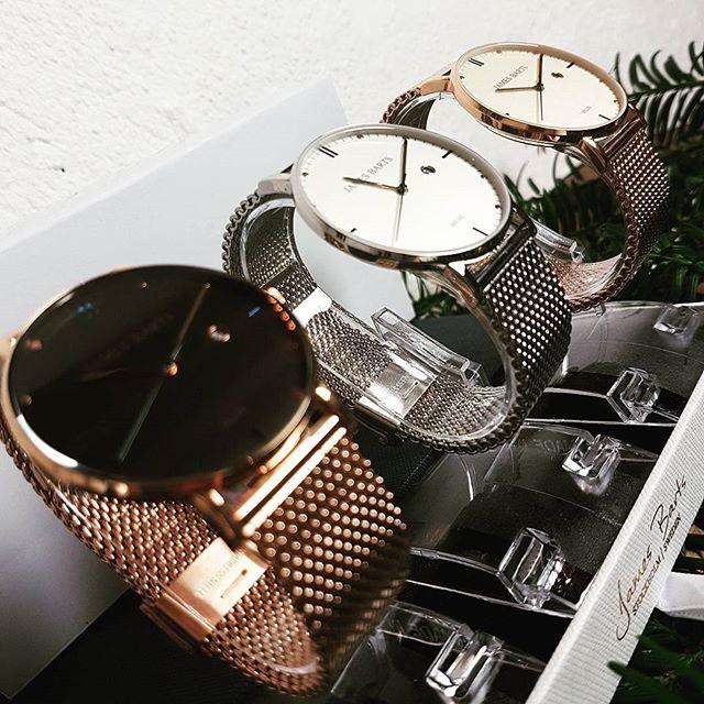 james barts klockor på rad guld och silver