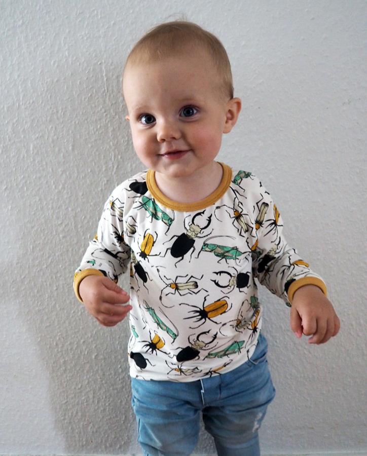 T-shirt i tyget Insekter, skalbaggar, gräshopp mm