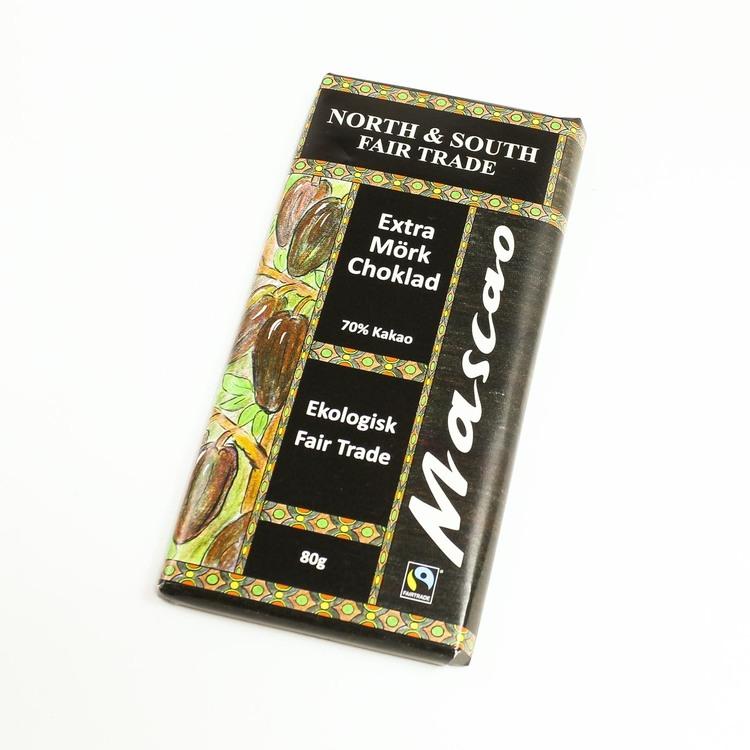 Mascao mörk choklad 70 % kakao. En klassiskt mörk choklad, som är mångas favorit. Ekologisk & Fair Trade. Vegansk.