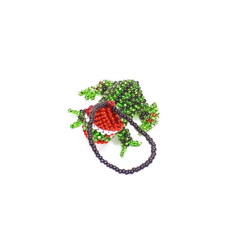 Julpynt eller maskot. Groda med klassisk tomtemössa. Handgjord för Fair Trade i Guatemala.