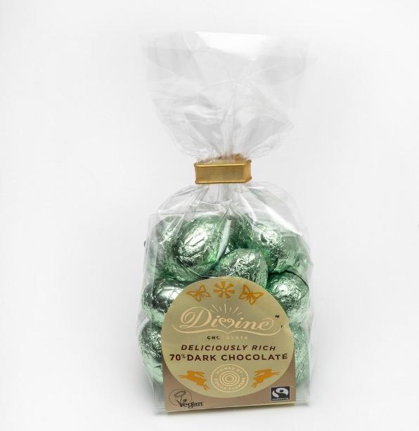 Divine små påskägg i mörk choklad, 70%. Kakao från Ghana. Vegansk. Fairtrade.