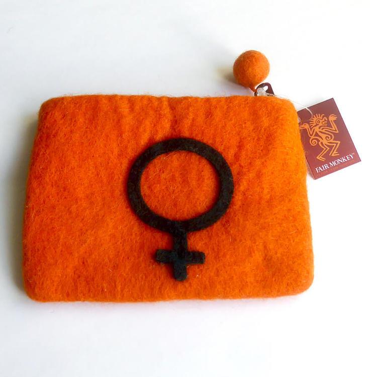 Necessär med Venus-symbolen, handtovad i Nepal för Fair Trade. 14 x 11cm.