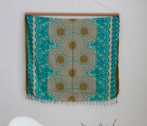 Vacker väggdekoration med Mandala-motiv, Även strandklädsel, sarong. Härlig sommarkänsla. Fair Trade från Thailand, paigh.