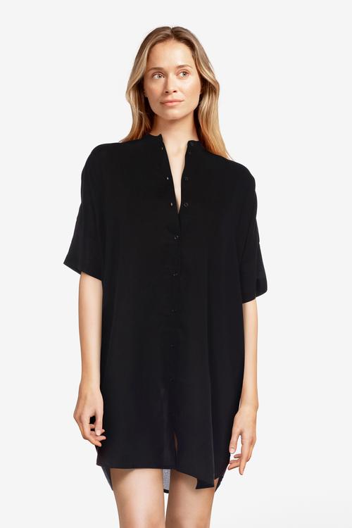 Femilet strandskjorta FS4640 svart