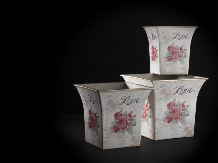 Krukor med rosor-Set med 3 stycken