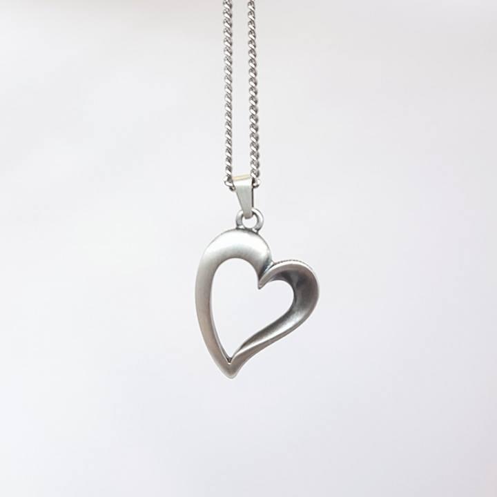 Halsband hjärta FINNFEELINGS