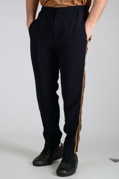 Pants with lateral Band