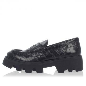 Crocodile Embossed Leather Slip on