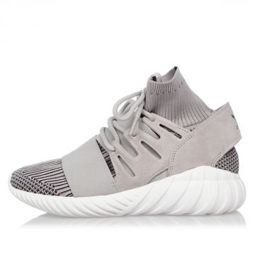 TUBULAR DOOM Sneakers