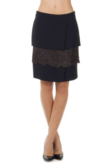 Stretch skirt with lace detail