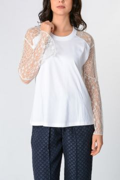 T-shirt With Lace Details