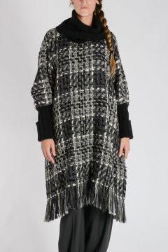 Poncho Collo Alto in Tweed