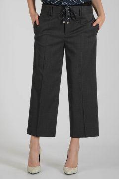 Stretch Virgin Wool Capri Pants
