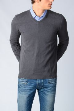 V Neck Cashmere Sweater
