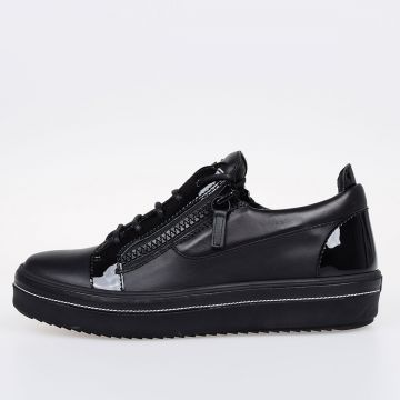 ACE Leather Low Sneakers