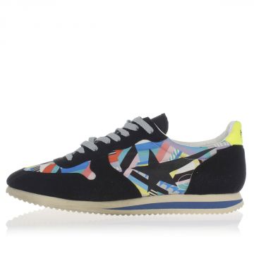 HAUS Laced Sneakers
