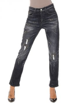 Jeans Destroyed con Applicazioni Gioiello