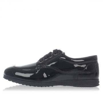 Sneakers in Vernice