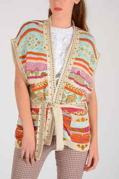 Sleeveless Cardigan with Stud