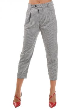 Capri Trousers with Pleats