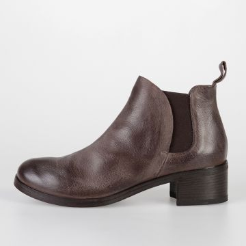 Leather LISTO Chelsea Boots