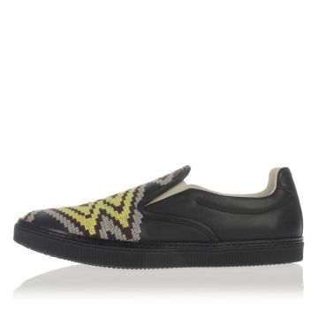 MM22 Leather Embroidery Slip on