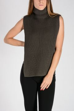 MM14 Sleeveless Wool Knitted Top