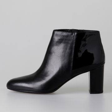 LUCY Leather Ankle Boots