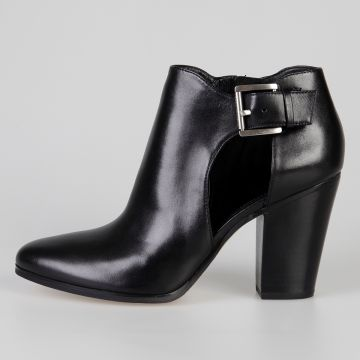 Adams Ankle Leather Boots