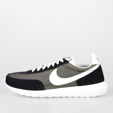 Sneakers ROSHE DBREAK NM in Tessuto