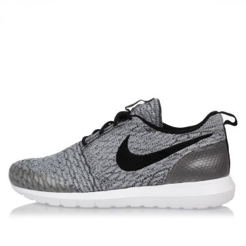 Fabric ROSHE NM FLYKNIT SE  Sneakers